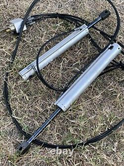 06-09 Pontiac G6 Hard Top Convertible Rear LH & RH Hydraulic Cylinders Lift Rams