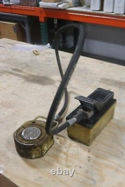 ENERPAC M750 Cylinder Flat Jack Ram Pancake WITH FOOT PUMP