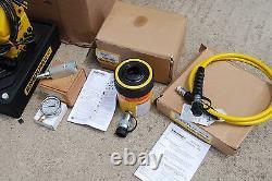 ENERPAC RCH-302 HOLLOW RAM SET With PUJ-1200B HYDRAULIC PUMP With HOSE & GAUGE NEW