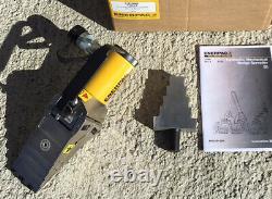 Enerpac Fsh14 Hydraulic Flange Ram Spreader 14 Ton Nouveau! Exploitation Exposée