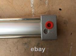 Nouveau Actuateur De Cylindre Pneumatique Smc C95sdb32-700 - 32 Perçage 700 Course Air Ram